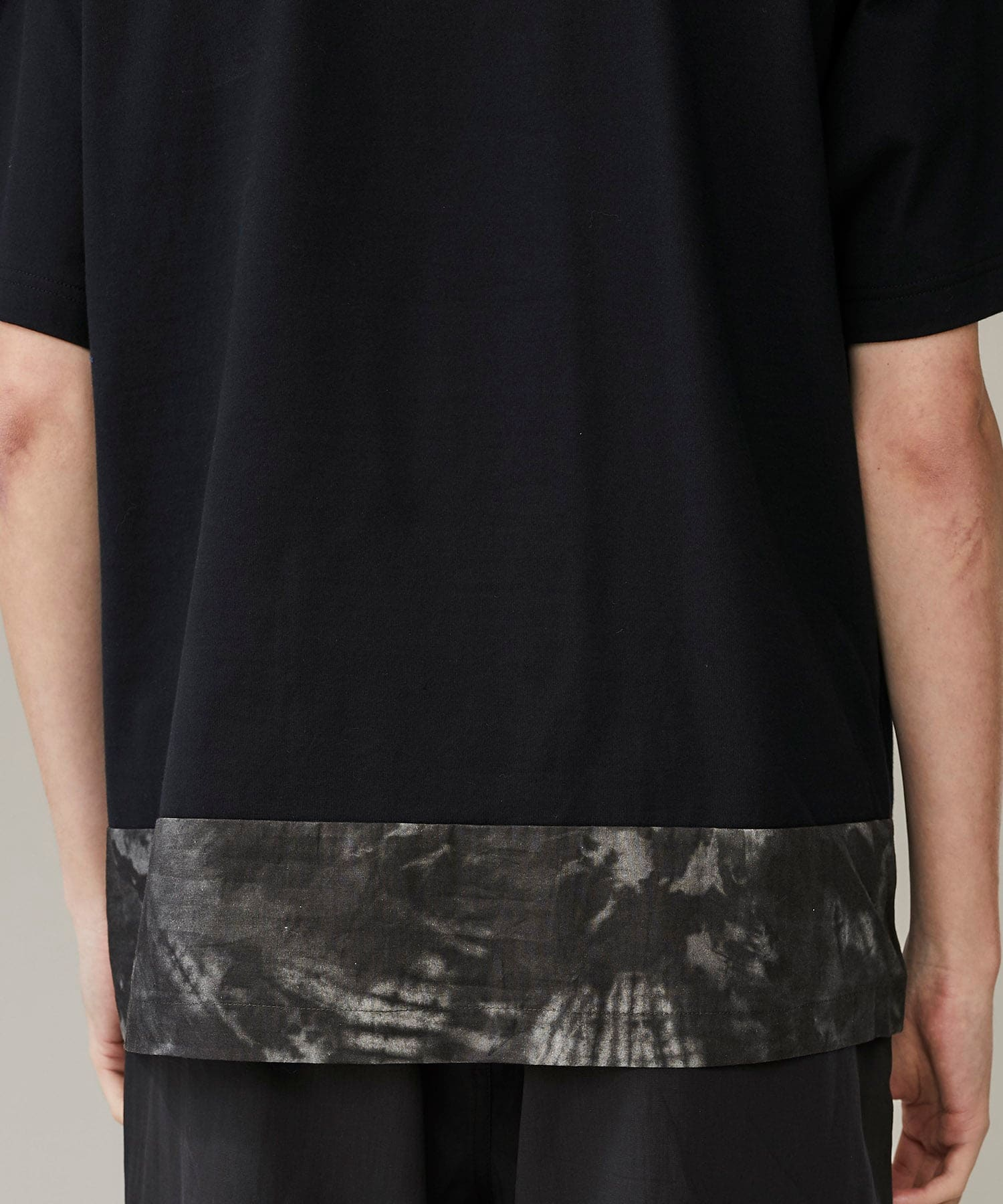 TIE DYE PRINTED SWITCHING T-SHIRT White Mountaineering