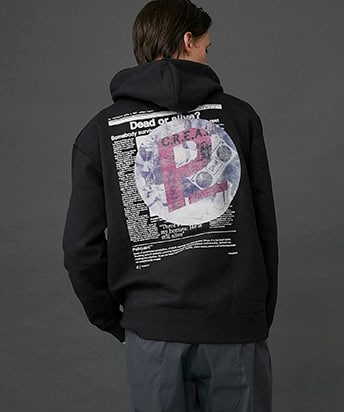 THE GOSSIP MAG.PAPER GRAPHIC P/O HOODIE