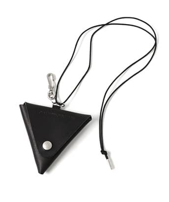 LEATHER TRIANGLE COIN CASE