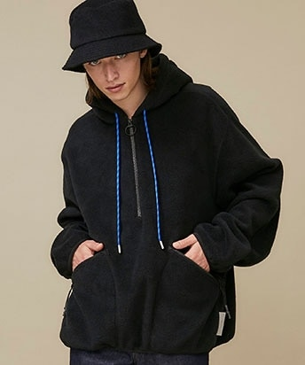 FLEECE HALF ZIP HOODED SWEATER