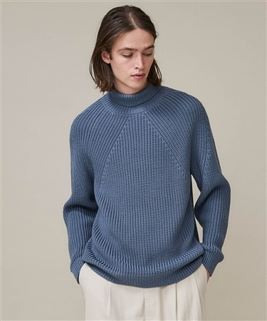 SIGNATURE TURTLE NECK