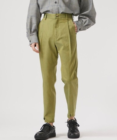 SWITCHING TUCK SLACKS