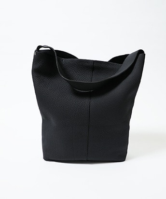 MARY BUCKET SHOULDER