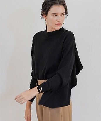 BACK FRILL KNIT TOPS